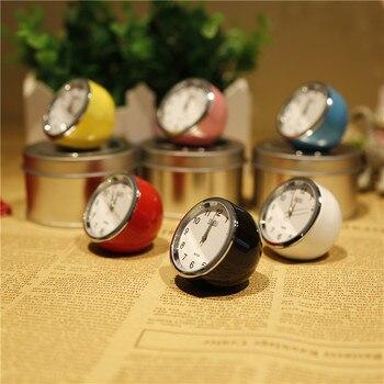 Exquisito Mini reloj de mesa de moda Retro Multicolor opcional Circular de Metal reloj de mesa aguja Reloj de escritorio 4cm WY52619