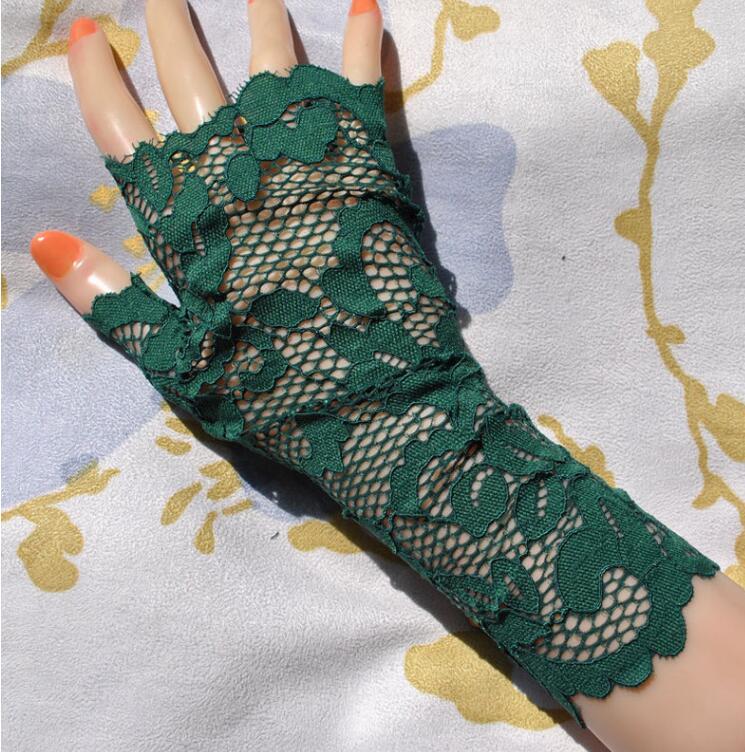 Women's Sexy Fingerless Lace Glove Female Elegant Short Summer Sunscreen Driving Glove R1896
