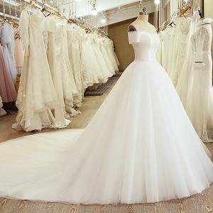 Image 3 - SL 5054 Princess Sample Bridal Dress Corset Ball Gown Off the Shoulder Short Sleeve Lace Belt Cheap Wedding Dress China