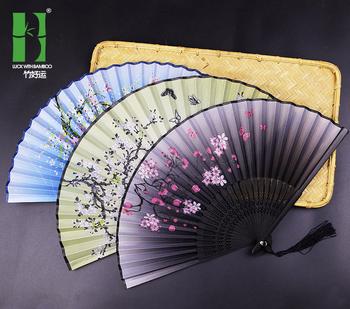 2021 nowy bambusowy antyczny składany wentylator jedwab w stylu chińskim wentylator letni żeński wachlarz do tańca przenośny wentylator wentylator ręczny trwałe gospodarstwo domowe tanie i dobre opinie FGHGF CN (pochodzenie) Antique folding fan About 2 3CM 25 square meters Long handle Bamboo New Chinese