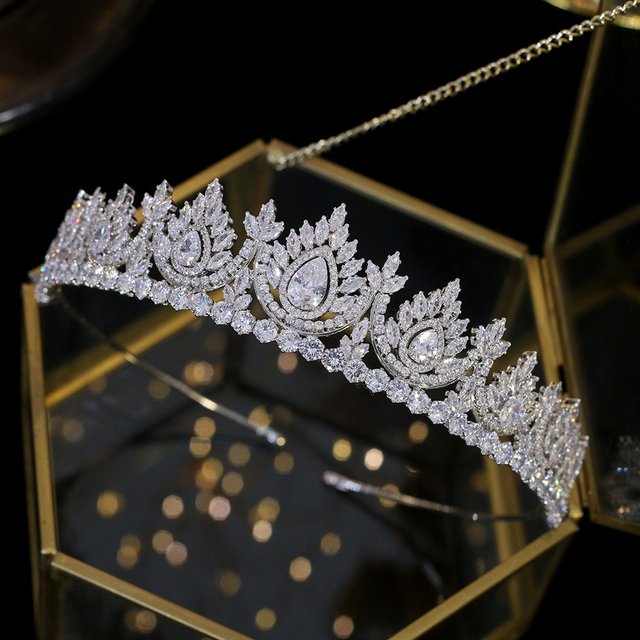 Luxury cubic zirconia dripping hea