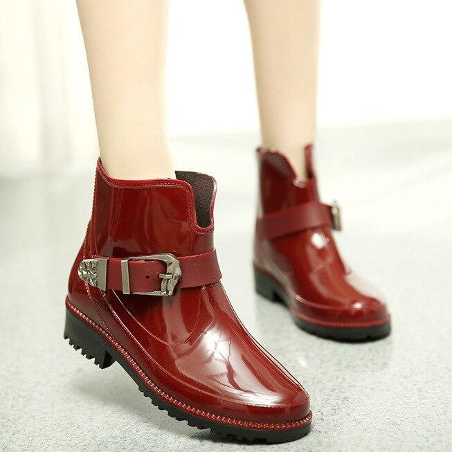Printemps et automne style coréen mode femmes bottes de pluie Martin bottes bottes de pluie imperméable bottes courtes talon plat bas haut pluie