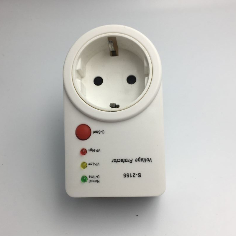 Automatic Voltage Protector Switcher AVS 15A 220V Power Surge Protection German EU Socket type Volt-safe for Home Appliances New(China)