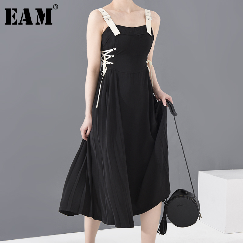 [EAM] Women Black Bandage Pleated Long Spaghetti Strap Dress New  Sleeveless Loose Fit Fashion Tide Spring Summer 2020 1S61201S