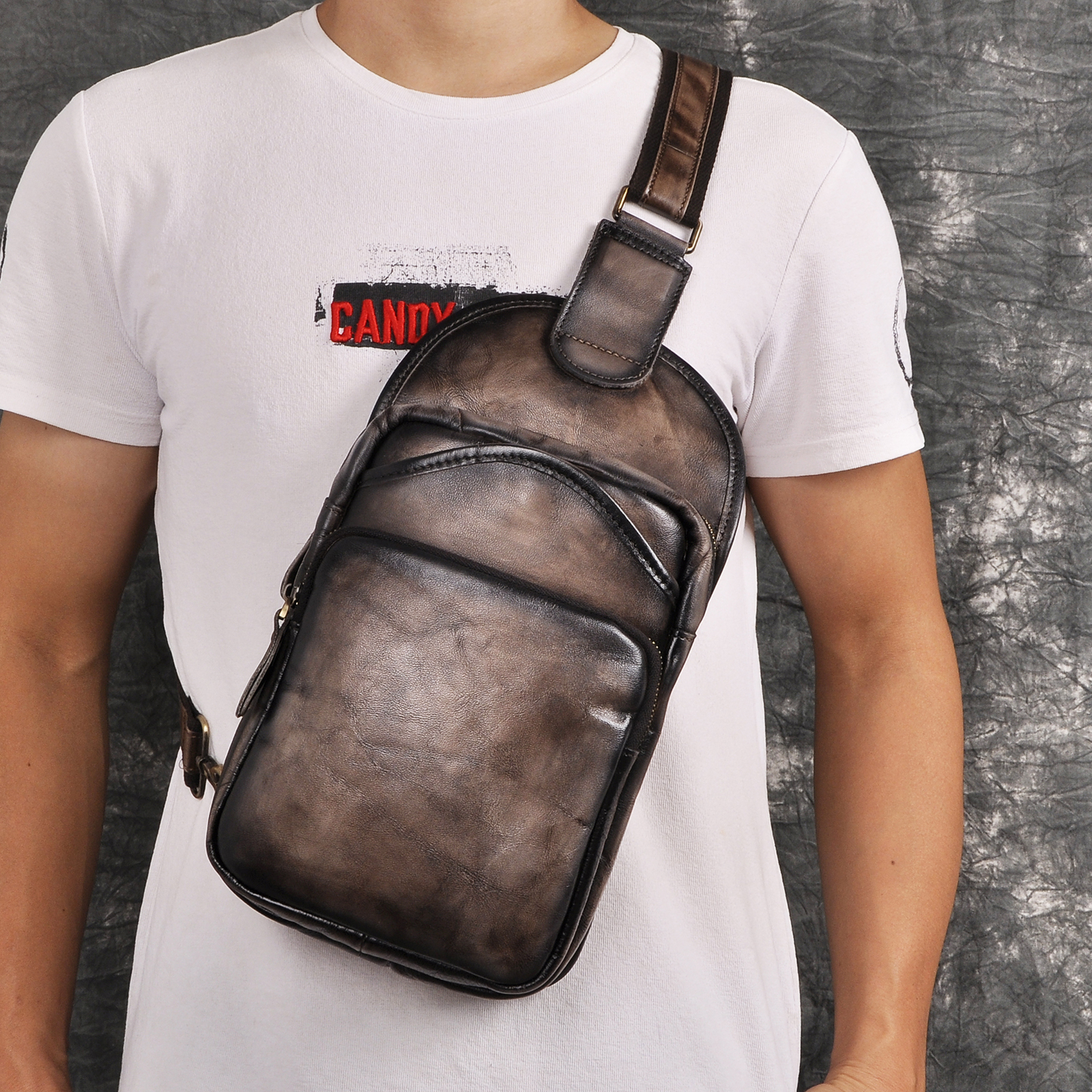 Quality Leather Men Casual Fashion Travel Daypack Triangle Chest Sling Bag Design One Shoulder Strap Crossbody Bag Male 9977-dc