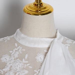 Image 4 - TWOTWINSTYLE nakış dantel womenblouses yay yaka fener uzun kollu perspektif gömlek kadın 2020 moda giyim gelgit