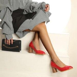 Image 4 - Sianie Tianie patent PU deri düz renk sarı orange bayan ayakkabıları blok bayanlar pompaları sapato feminino düğün ayakkabı boyutu 46