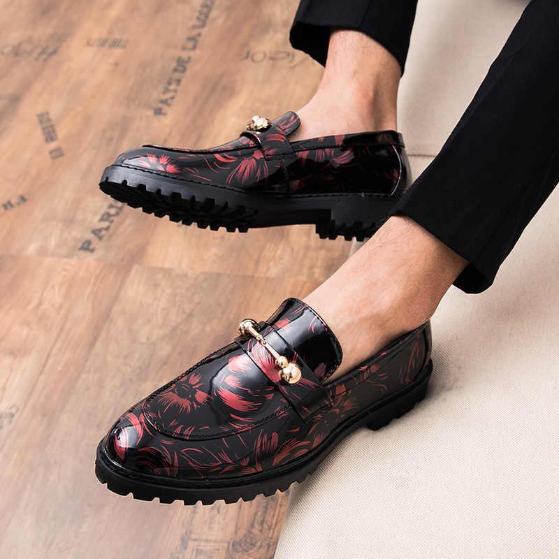 2019new Lente mannen schoenen lederen mannelijke comfortabele oxford schoenen Patroon luxe brogues heren klassieke Zaken Mocassin schoenen