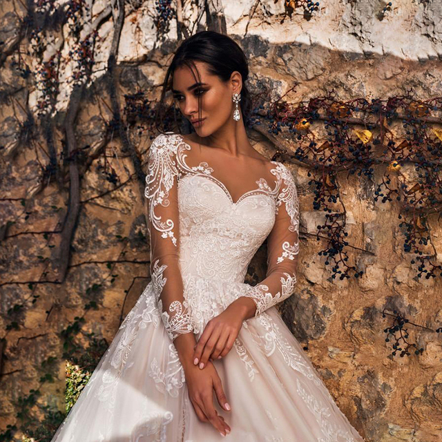 Luxury Pink A Line Wedding Dresses V neck Lace Appliques Illusion Long Sleeves Women Wedding Dress Plus Size Bridal Gown 2
