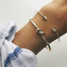 Vintage Cuff Bracelet Bangles for Women Brief Gold Color Open Arrow Knotted Charms Bracelet Jewelry valentines Gift ns54 trendy rhinestone arrow shape cuff bracelet for women