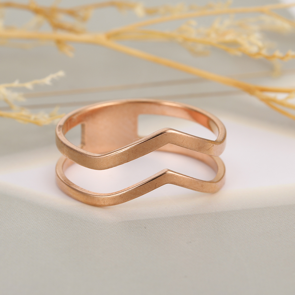 Simple Geometrical Wave Ring Stainless Steel Gold Color Party Finger Rings Jewelry Birthday Gift for Women Girls