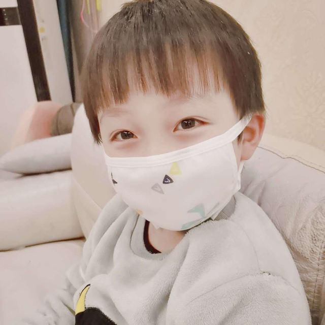 0-12 Years Baby Kids Children Face Mouth Masks Cotton 8 Layers Of Gauze Warm Cute Anti-flu Anti-Dust Mouth Face Mask Random Colo 1