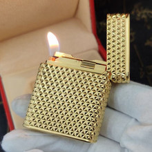 Exquisite Flame ST Cigarette Metal Lighter Diamond Pattern Carving, Men's Hat Sound Gold Finish for Smoking Collection Birthday