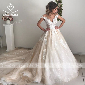Image 5 - Sweetheart Beaded Princess Wedding Dress Off Shoulder Appliques Lace A Line SWANSKIRT I182 Bridal Gown Illusion Vestido de noiva