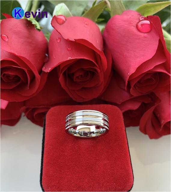 Женское и мужское кольцо из карбида вольфрама с центральной
