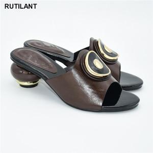 Image 4 - 결혼식을위한 새로운 이탈리아어 하이힐 가을 구두 2020 섹시한 플랫폼 펌프 여성의 이탈리아어 고품질의 아프리카의 결혼식 신발