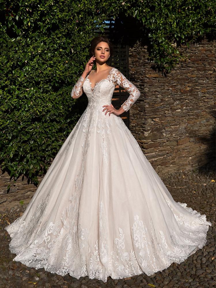 Custom Made Court Train Embroidery Appliques Tulle Full Sleeve Bridal Ball Gown Elegant Illusion O-Neck Bohemia Wedding Dress