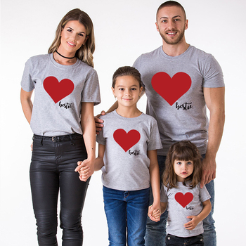 Family look mama i mój ubrania T-shirt dopasowane stylem ubrania dla rodziny lato miłość koszulka z nadrukiem tata i syn ubrania rodziny z czterech tanie i dobre opinie FeJa Koszulki Na co dzień Krótki Pasuje prawda na wymiar weź swój normalny rozmiar COTTON Cartoon Matka Ojciec Dzieciak