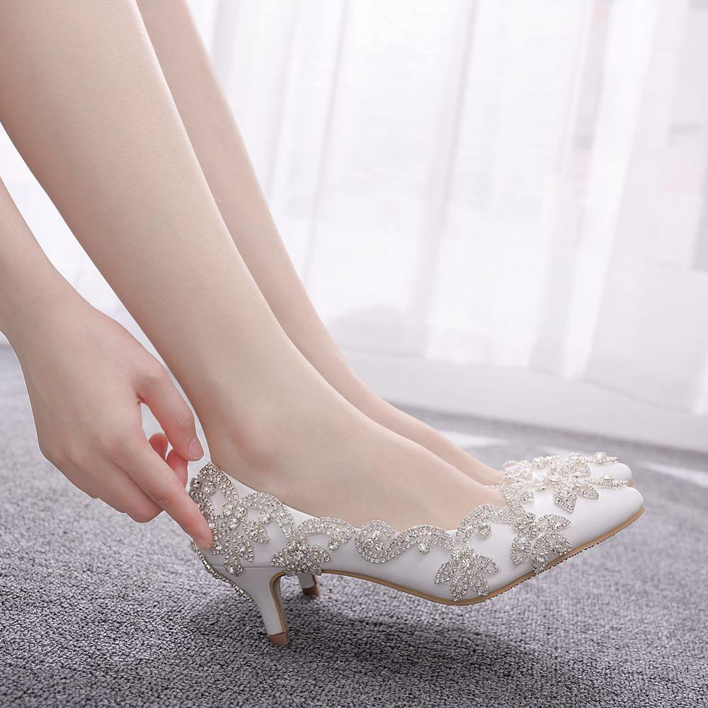Crystal Queen Women Wedding Shoes Low Heels White Diamond Glittering Evening Dress Bride Shoes Crystal Pumps Big Size 43
