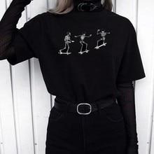 T-shirts preto e branco da moda do tumblr do preto dos esqueletos