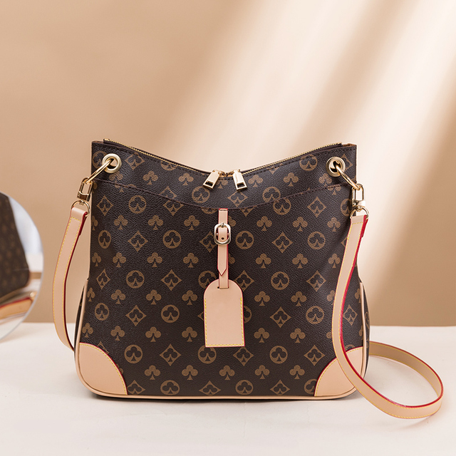 Luxury Large Capacity Bucket Bag  1