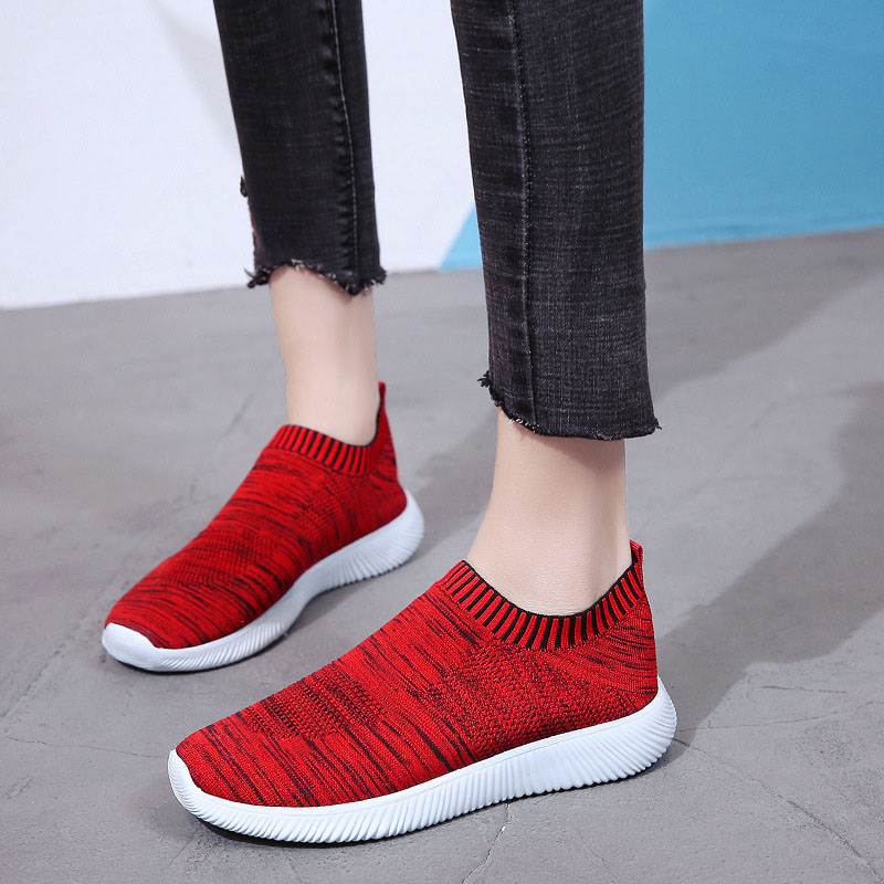 2020 Spring and Autumn New Fashion Light and Comfortable Wild Wear-resistant Solid Color Flat Sports Casual Ladies Flat Shoes