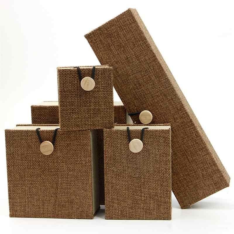 2 Pcs 2 גדלים עץ כפתור תכשיטי אריזת מתנה מקרה פשתן תכשיטי נושא בעל תיבת Wristchain צמיד צמיד