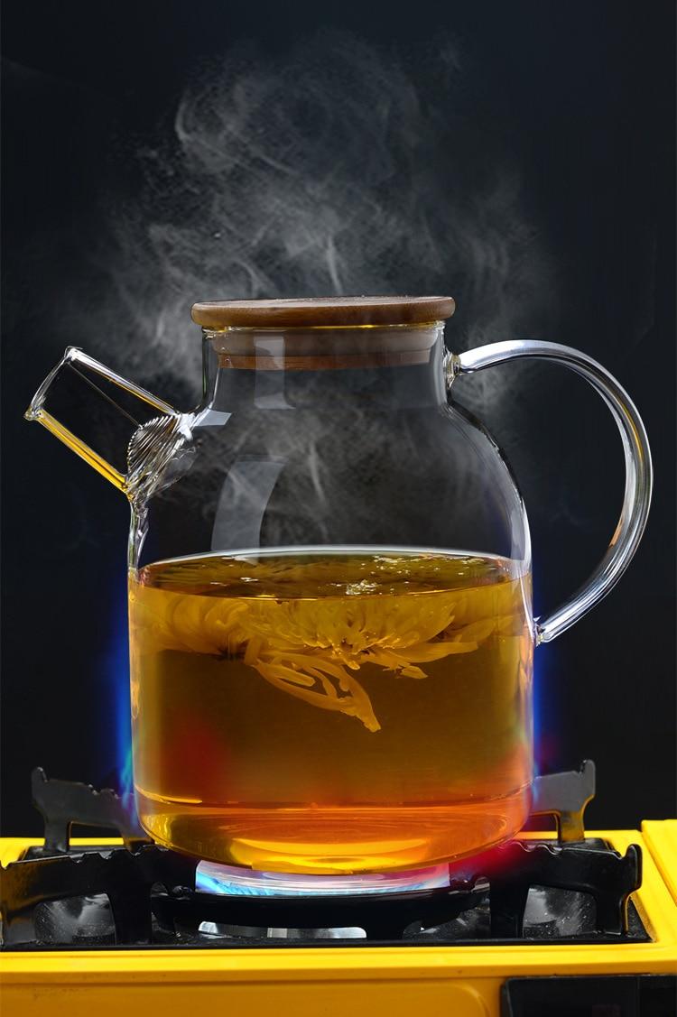 de água fria jarro de suco de