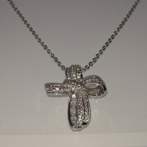 Image 4 - DreamCarnival 1989 Trendy Cross Bowknot Pendant Necklace Link Chain Amazing Price Zircon Fashion Jewelry Christmas Gift SZ12599