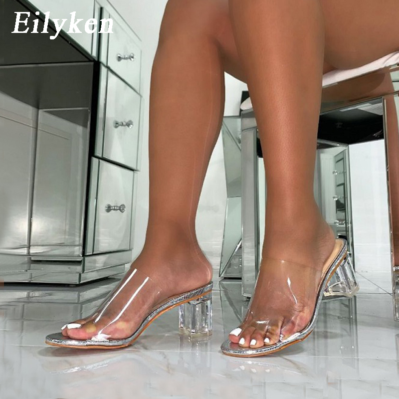 Eilyken 2020 Summer Fashion Silver Snake Grain Sexy PVC Transparent Peep Toe Clear Crystal Low Heel 5cm Women Outdoor Slippers