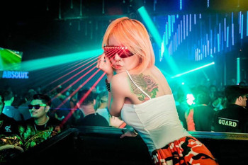 Perfect Accessories For Stage and Dancing LED Laser Glasses Party Decorations Bar Night Club Singer DJ Show Laser Spectacles