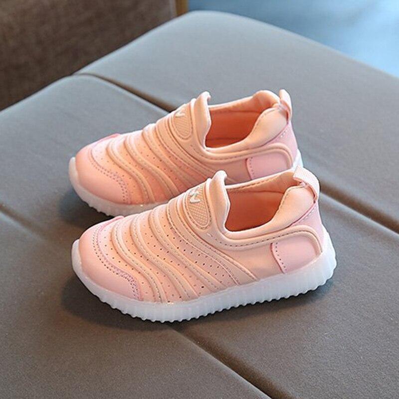 Kids Lovely LED Luminous Shoes Children Boys Girls Light Up Sneakers Trainers Summer Caterpillar Children'S Shoes Girls Net Shoe