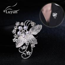Luyun  Pearl Rhinestone Brooch Rintage Women  Jewelry Metal Pins For Clothes Fashion Accessories Wholesale simulated pearl brooch pins metal pins for clothes vintage women s brooch for clothes crystal brooches for women jewelry luxury