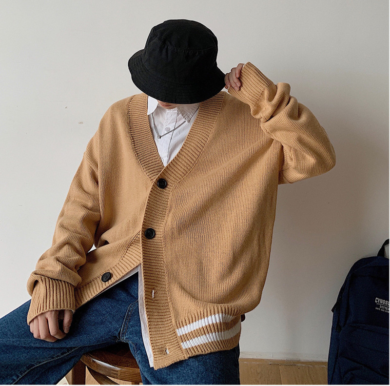 2019 Autumn And Winter New Men's V-neck Korean Version Of The Handsome Cardigan Loose Sweater Jacket Khaki / Green M-2XL