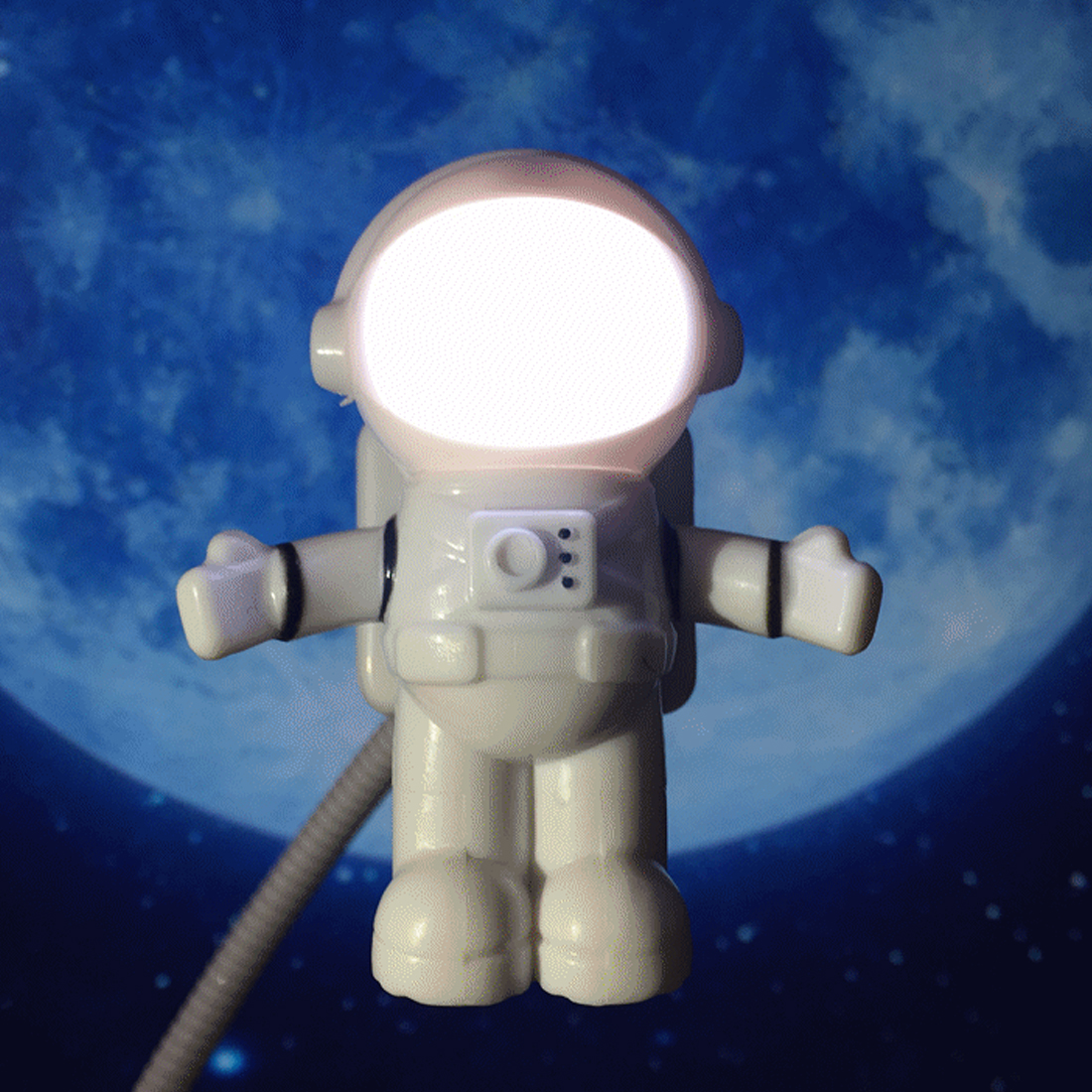 Funny Astronaut USB Gadget Spaceman USB LED Light Adjustable Night Light Gadgets for Computer PC Lamp