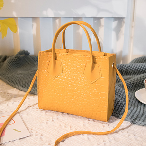 Fashion Trend Women Crossbody Bags Crocodile Pattern Handbags Vintage Classic Solid Shoulder Bag Woman Stylish Ladies Purse 2020