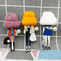 Fashion Brooch Pins for Woman Brooches Girls Pearl Cartoon Models Acrylic Brooches Wool Hat Clothing Jewelry Accessories
