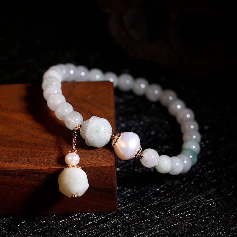 Pearl charm bracelet in 14k gold fill