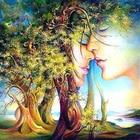 Lovers tree Creative...