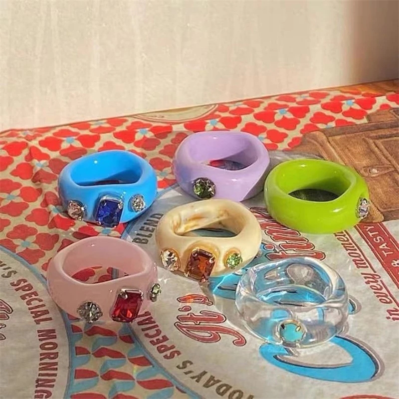 New Korean Artistic Irregular Geometric Colorful Transparent Crystal Rhinestones Acrylic Ring for Women Jewelry
