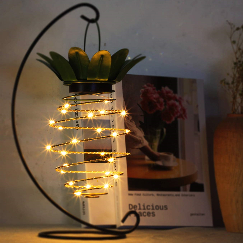 LED Hanging Solar Lights Pineapple Decorative Garden Solar Lantern with Handle Waterproof Copper Wire Fairy Light