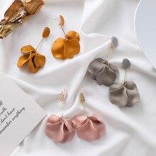 Корея дизайн горячая распродажа модные ювелирные изделия акриловый окрашенные лепестки серьги длинные капли масло преувеличенные серьги для женщин
