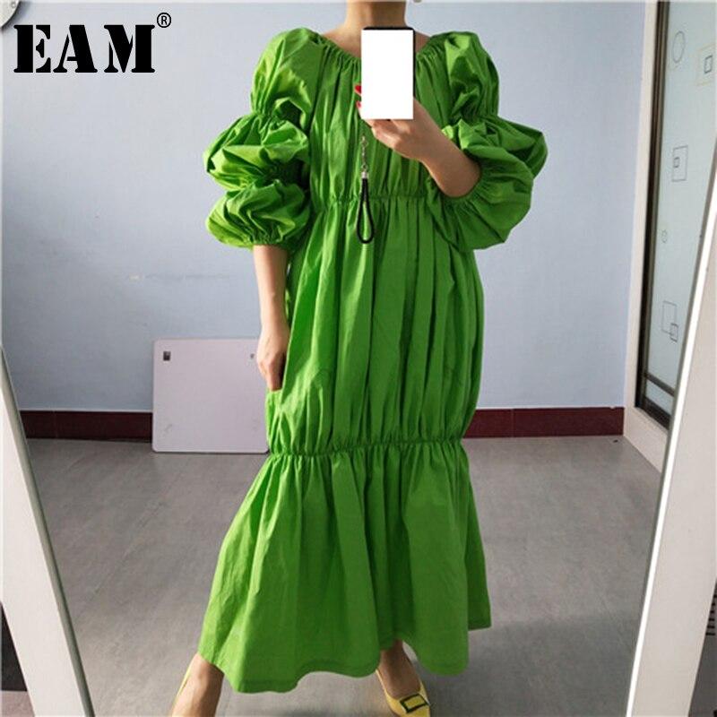 [EAM] Women Green Pleated Split Joint Big Size Midi Dress New Slash Neck Puff Sleeve Loose Fit Fashion Spring Autumn 2020 1S577