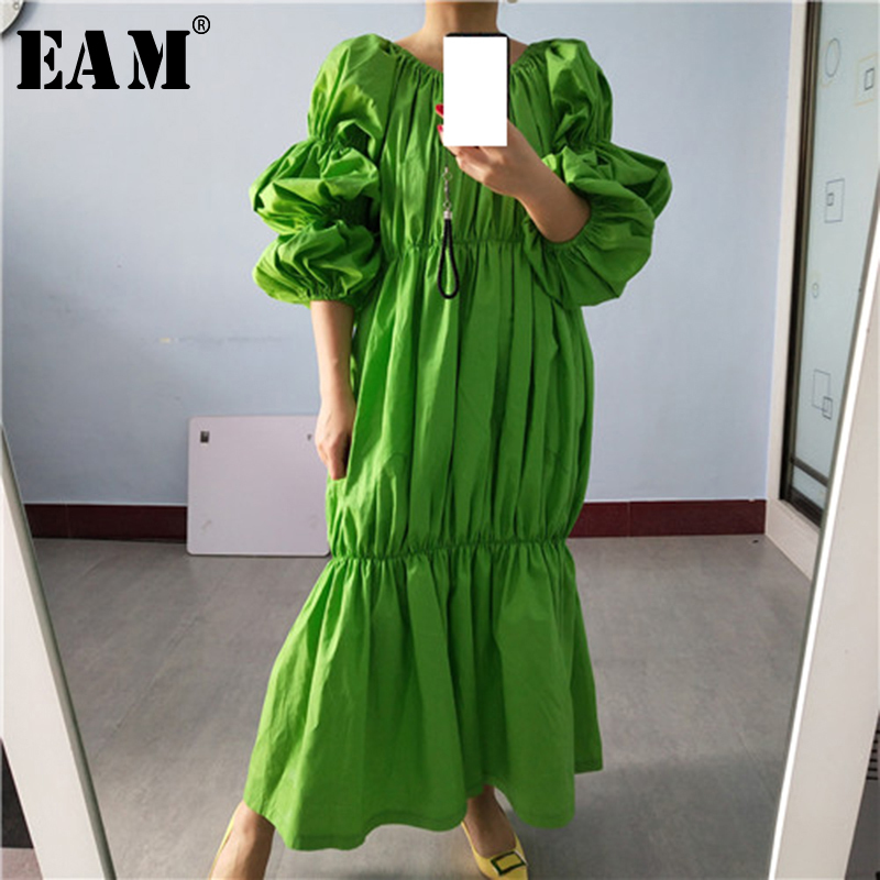 [EAM] Women Green Pleated Split Joint Big Size Midi Dress New Slash Neck Puff Sleeve Loose Fit Fashion Spring Autumn 2020 1S577