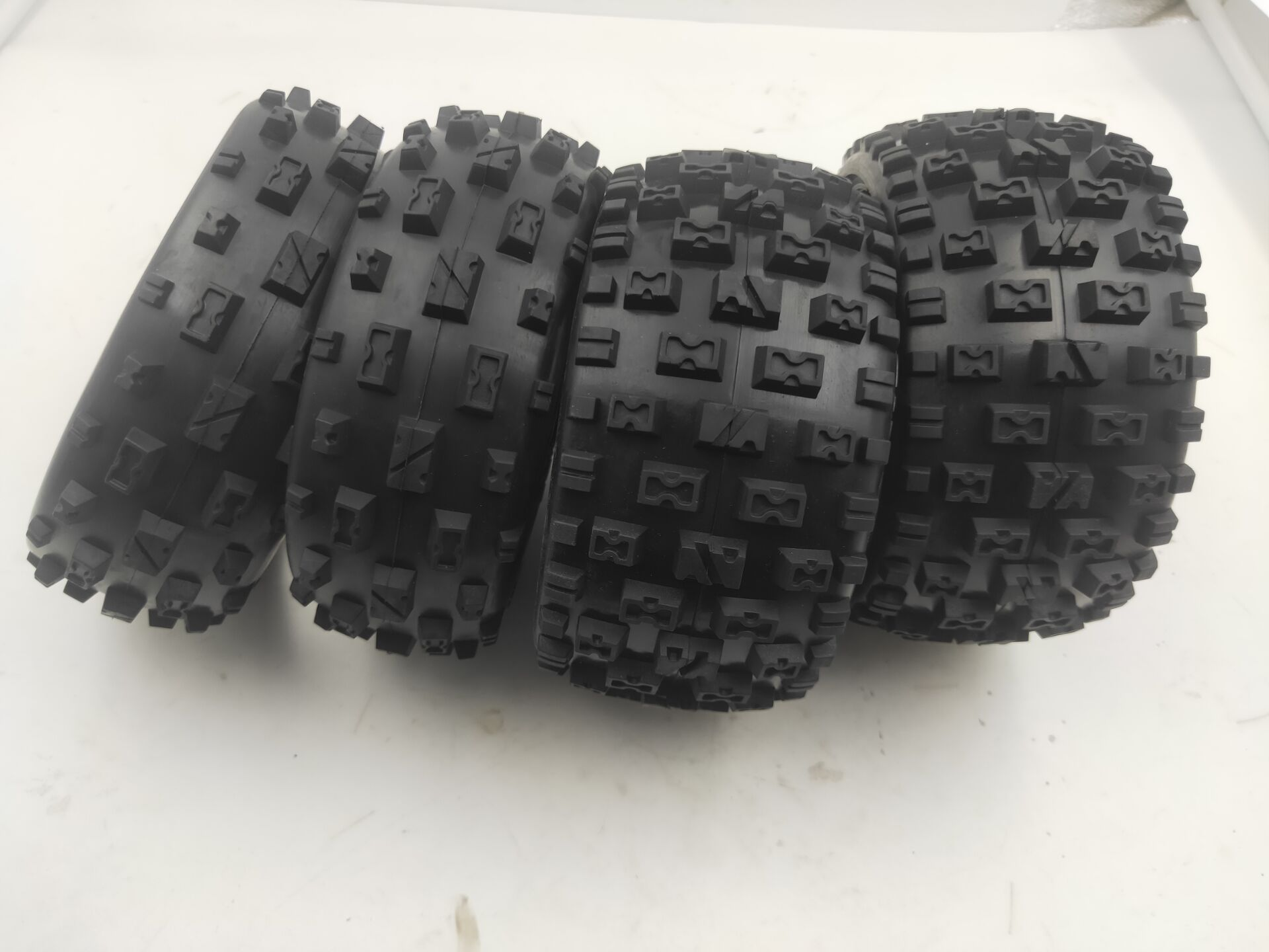 Front size 170x60 and Rear size 170x80 knobby tyre skin set for 1/5 hpi rovan km baja 5b rc car parts