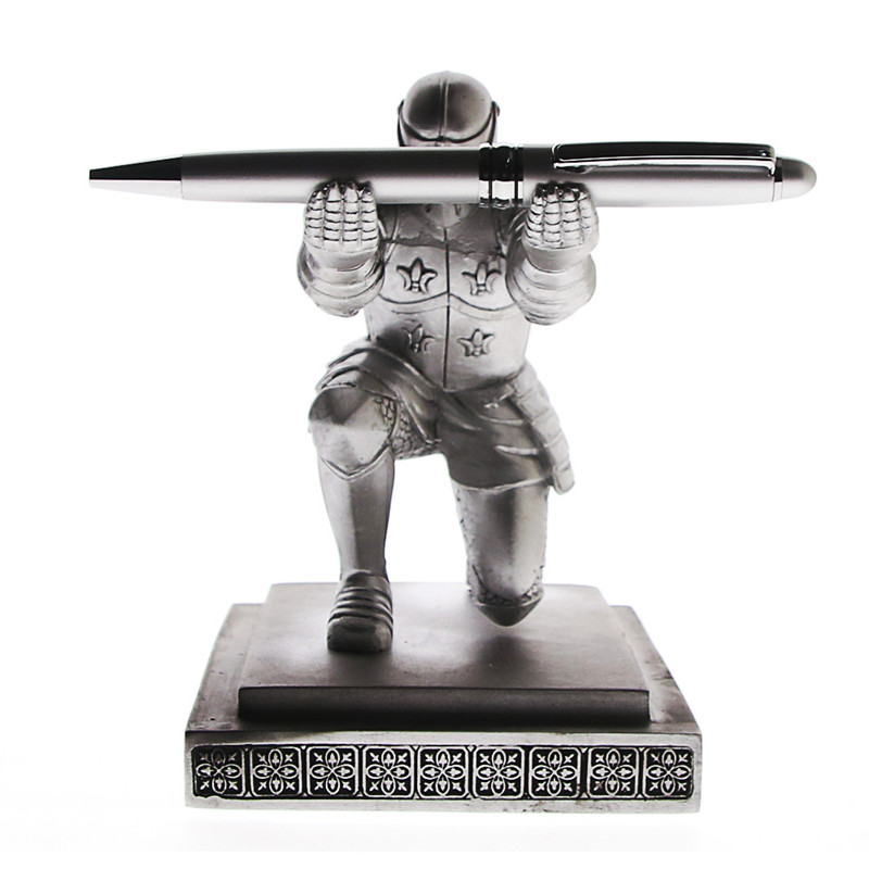 Vintage Decorative Pen Holder Cool Classic Resin Knight-Kneeling Pen Holder & Pen Stand For School Stationery & Office Supply