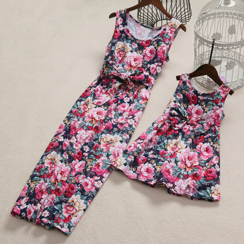 Mother Daughter Dress Floral Print Matching Clothes Mom Kids Parent Sleeveless Maxi Long Dress Womens Clothing Matching Outfits