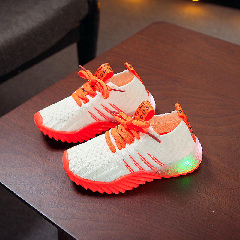 LED Lighted Kids Shoes 2020 Spring New Light Shoes Candy Color Luminous Shoes Boys And Girls Shoes Knitted Sneakers