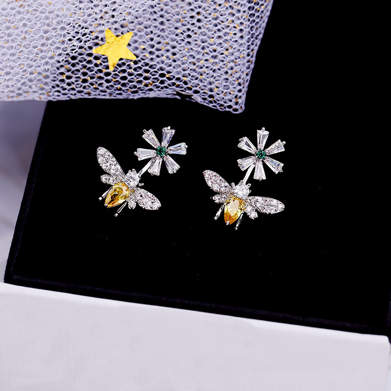 Newest Micro-set Zircon Yellow Zircon Small Bee Flower Daisy Daily Wild Women's 925 Silver Needle Earrings For Women