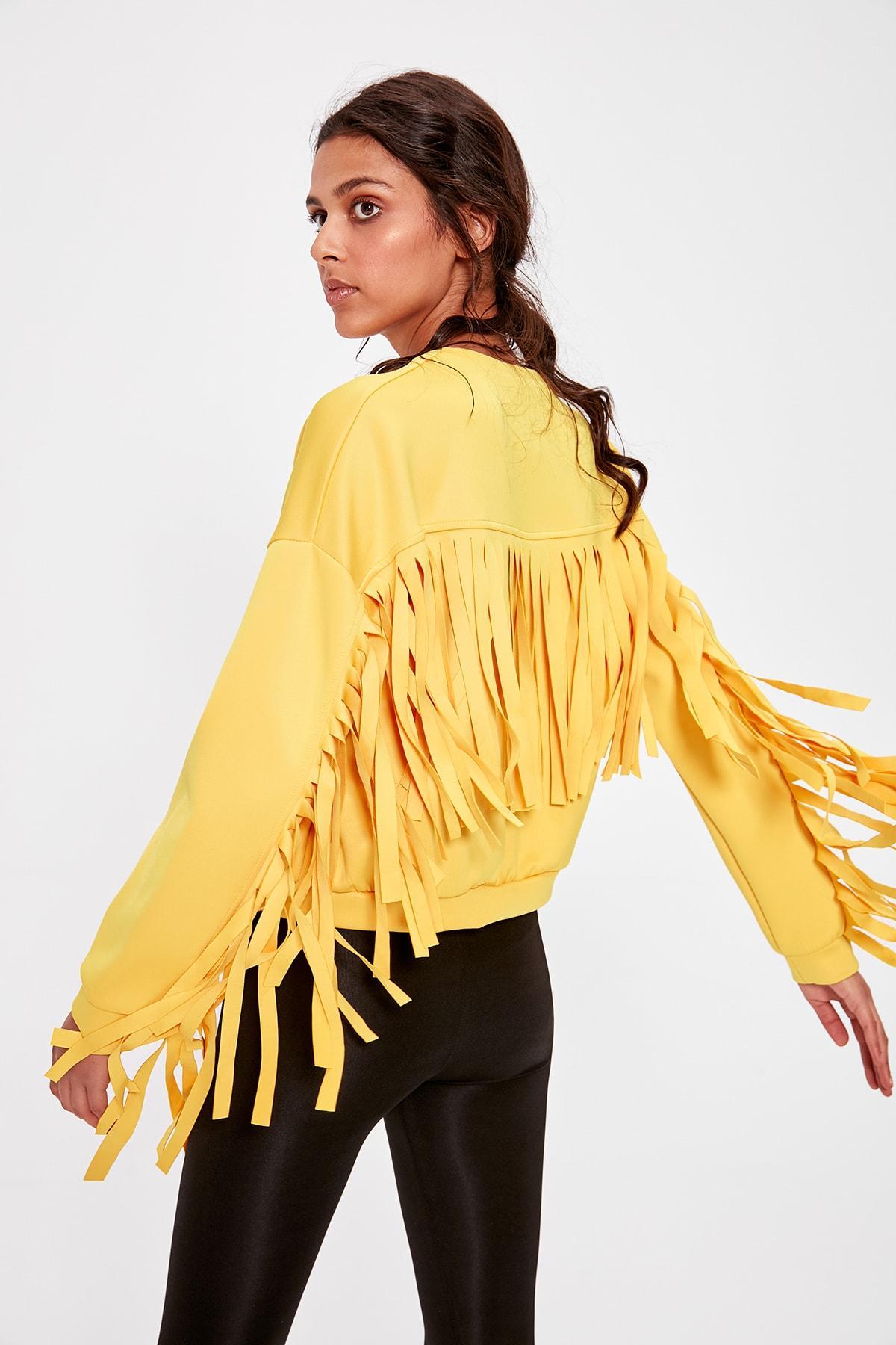 Trendyol Yellow Püskülllü Knitted Sweatshirt TWOAW20SW0132